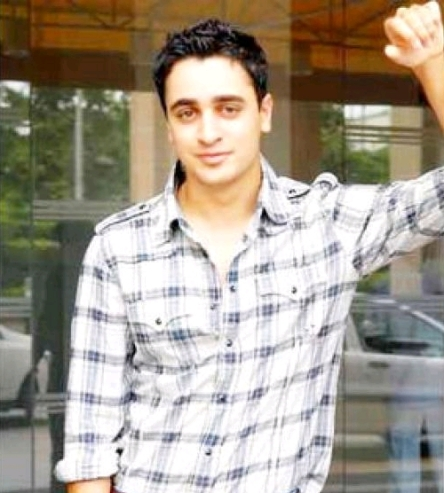 Imran Khan is a Hindi actor who has a great relaxed style.