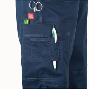 scrubs pockets