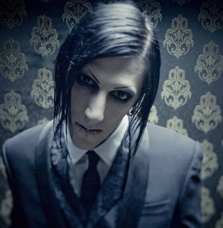 Chris-Motionless